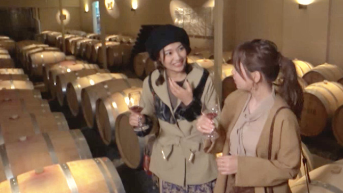 ワインの貯蔵庫へ